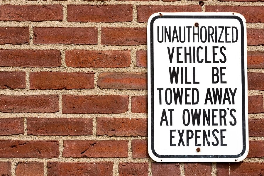 private property towing sign